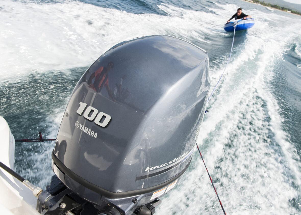 Yamaha buitenboordmotor F100